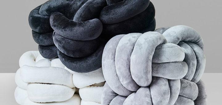 Knot Pillows