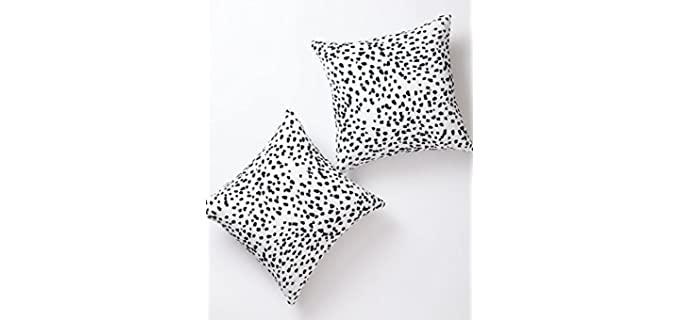 Pantaknot Dalmatian Spots - Black and White Pillowcases